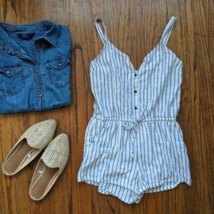 ☀️3 for 30☀️ Old Navy Button-Front Romper